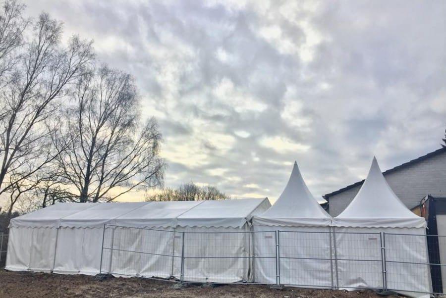 Prunksitzung in Övver Ohnder – Grundschule Neschen / Partyzelt
