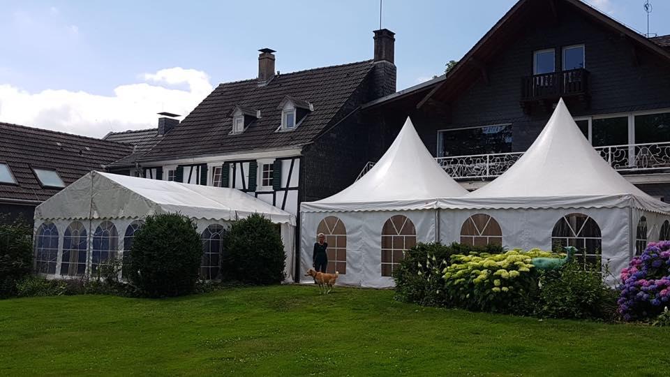 Zelte für Ihre Feierlichkeiten
